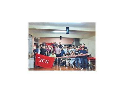 Jóvenes de Honor Colorado anuncian apoyo a Víctor Basualdo para elecciones