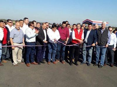 Inauguran circunvalación y acceso al Puerto de Pilar