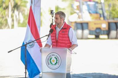En jornada de Gobierno en Pilar, Presidente anuncia defensa costera, viviendas y obras viales para la zona