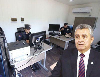 Villamayor admite sobrefacturación, pero solo de mesas y armarios