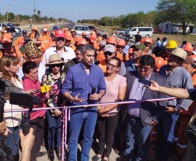 Mario Abdo inauguró hoy primeros 24 kms. de la Ruta Bioceánica