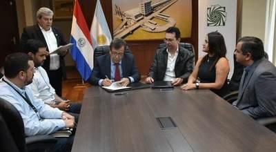 EBY firmó convenio con Programa de Telemedicina de Brasil que hará 50 cirugías en Ñeembucú