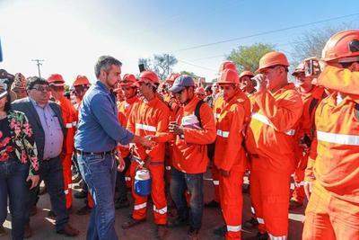 """""""Quiero que la Ruta Bioceánica sea el legado de mi Gobierno"""" dice presidente al inaugurar primeros tramos"""