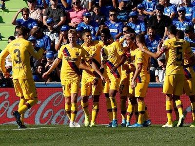 Barcelona mantiene sus dudas con una victoria sin brillo
