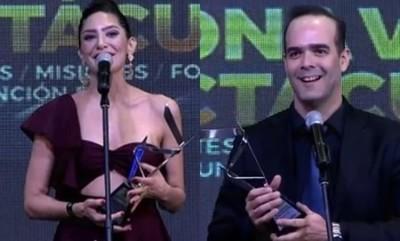 Álvaro Mora Y Lucía Sapena Galardonados En Argentina