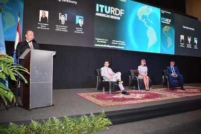 Expertos analizan las estrategias para el desarrollo de las telecomunicaciones en la región