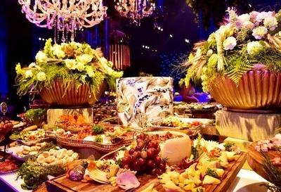 """HOY / Fastuosa fiesta, 300 invitados, con Alex Rose y Bacilos: """"Tengo ingresos extra"""", dice funcionario"""