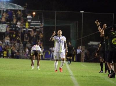 Capiata gana a Luqueño en partido clave por la permanencia