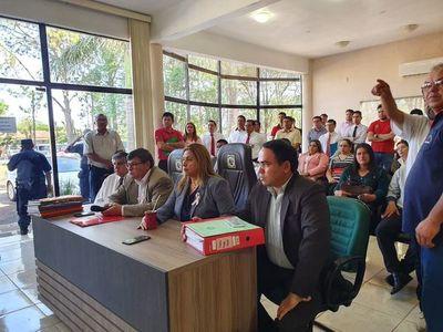 Digno Caballero presenta balance ante anuncio de intervención