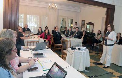 Socializan Plan Operativo Institucional con directores