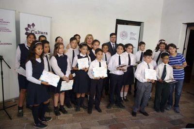 Ganadores del Concurso Kamba recibieron sus premios