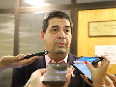 Vicepresidente pidió rechazar proyecto que deja sin efecto el acuerdo sobre EBY