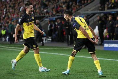 Hakimí brilla y da la victoria al Dortmund