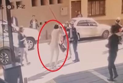 Exsenadora condenada se fuga en una moto