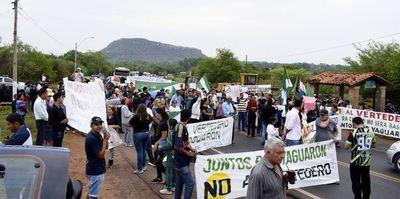 """Cierran  ruta para decir """"No al vertedero"""" en Yaguarón"""