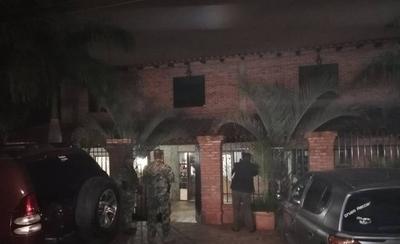 HOY / Arrestan a gerente de BNF Yvy Ja`u y a gestoras tras allanamiento