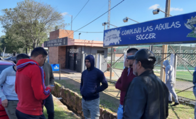 HOY / Futbolistas Asociados denuncia a General Díaz ante la APF