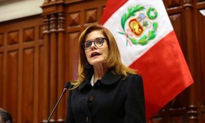 Gobierno de Perú afirmó que renuncia de vicepresidenta es inválida
