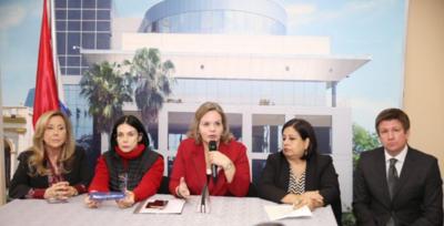 Senadora indignada por apoyo de la UCA a presunto acosador sexual