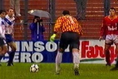 """A 25 años del primer golazo de tiro libre del """"Chila"""""""