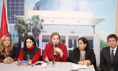 Legisladoras ratifican apoyo a la joven María Belén Whittingslow