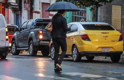 Un fin de semana fresco y con lluvia en todo el país, anuncia Meteorología
