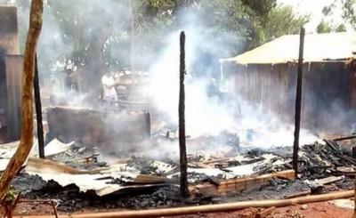 Explosión de un foco provocó incendio de vivienda