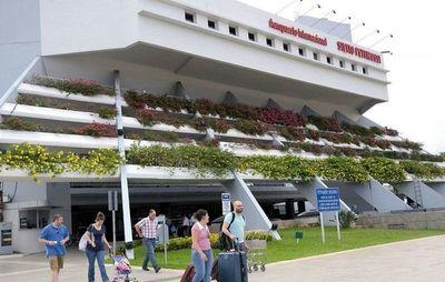 Dinac también trata de establecer ruta aérea con Panamá