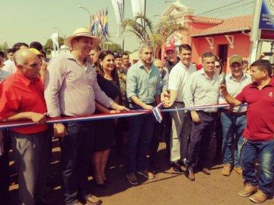 MOPC rompe aislamiento de familias en el norte con mejorada ruta de 76 kilometros