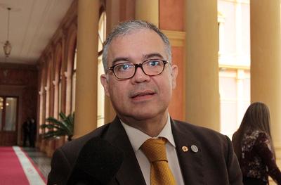 Los motivos por los que Ullón fue apartado de Presidencia