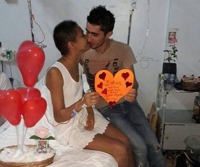 «Te amé cuando eras hermosa, hoy eres aún más bella», la historia de amor que hace frente al cáncer