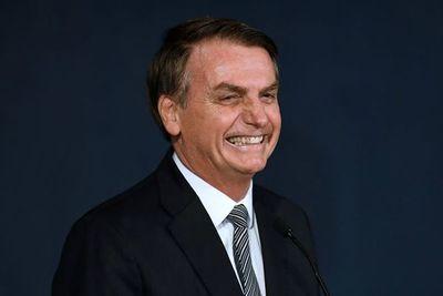 Fiscalía brasileña acusa a ministro de Bolsonaro de desvío de fondos públicos