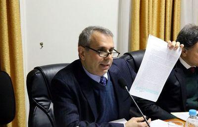 """Universidad Católica consiente """"galanteo y cortejo"""", asegura senadora"""
