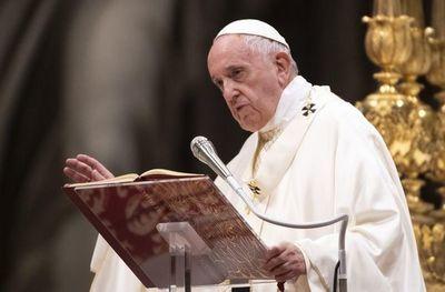 """El papa modela un """"colegio"""" de cardenales a su imagen con 13 nuevos  nombramientos"""