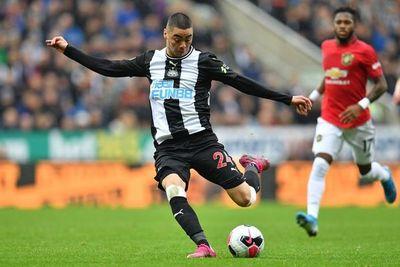 El Newcastle de Almirón hurga en la herida del United