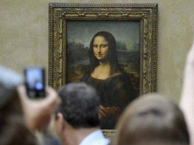 La Gioconda de Da Vinci vuelve a su sala habitual, ya renovada