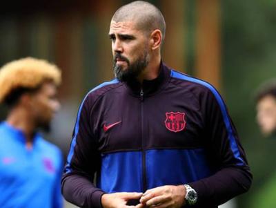 Barcelona anuncia salida de Víctor Valdés