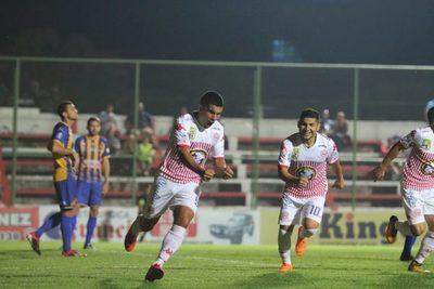 Rayadito: Volvió la memoria de las victorias luego de 9 fechas