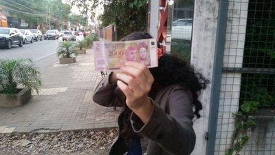 FUE CONDENADO A UN AÑO DE CÁRCEL POR ROBAR UN 2 MIL'I