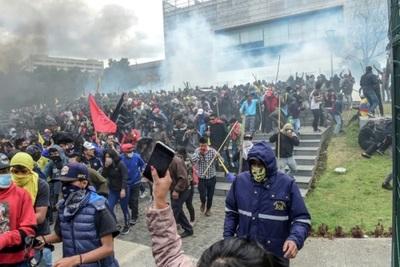 Quito se prepara para gran movilización tras abrir diálogo con indígenas