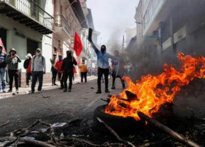 Crisis en Ecuador: Protestas y tensiones infestan las calles de Quito