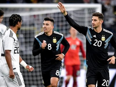 Argentina remonta y logra empate ante Alemania