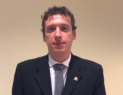 Ulises Quintana no tiene por qué perder su investidura, afirma 'Nano' Galaverna