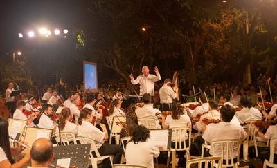"""""""Música para volar – Las aves cantan con la OSCA"""", se presentará en la Plaza Infante Rivarola"""