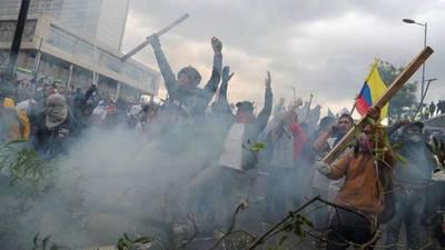 Crece alarma internacional por crisis que pone en jaque a Gobierno de Ecuador