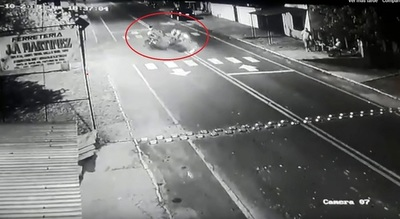 Choque frontal de motos deja dos fallecidos