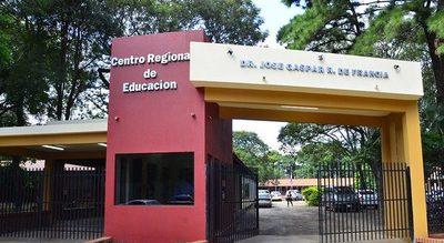 Director del CRECE ubica a parientes en cargos administrativos de la institución