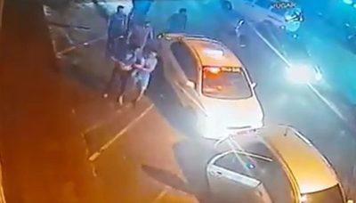 Taxistas que agredieron a conductor de UBER podrían ir a prisión
