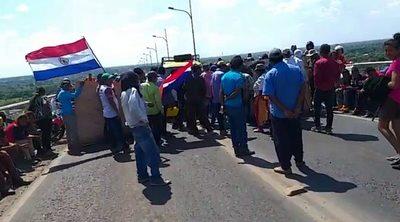 Indígenas levantan cierre sobre Puente Remanso tras compromiso del Gobierno