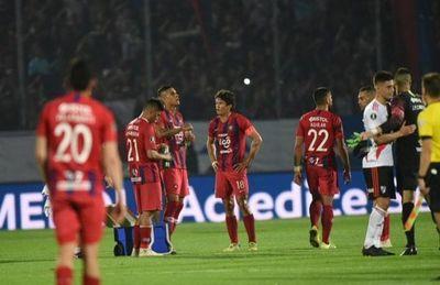Cerro empata con River y suma una nueva derrota histórica en su nueva Olla